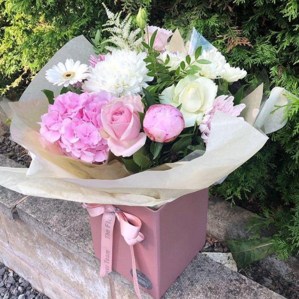 Florist Choice Pinks in Water